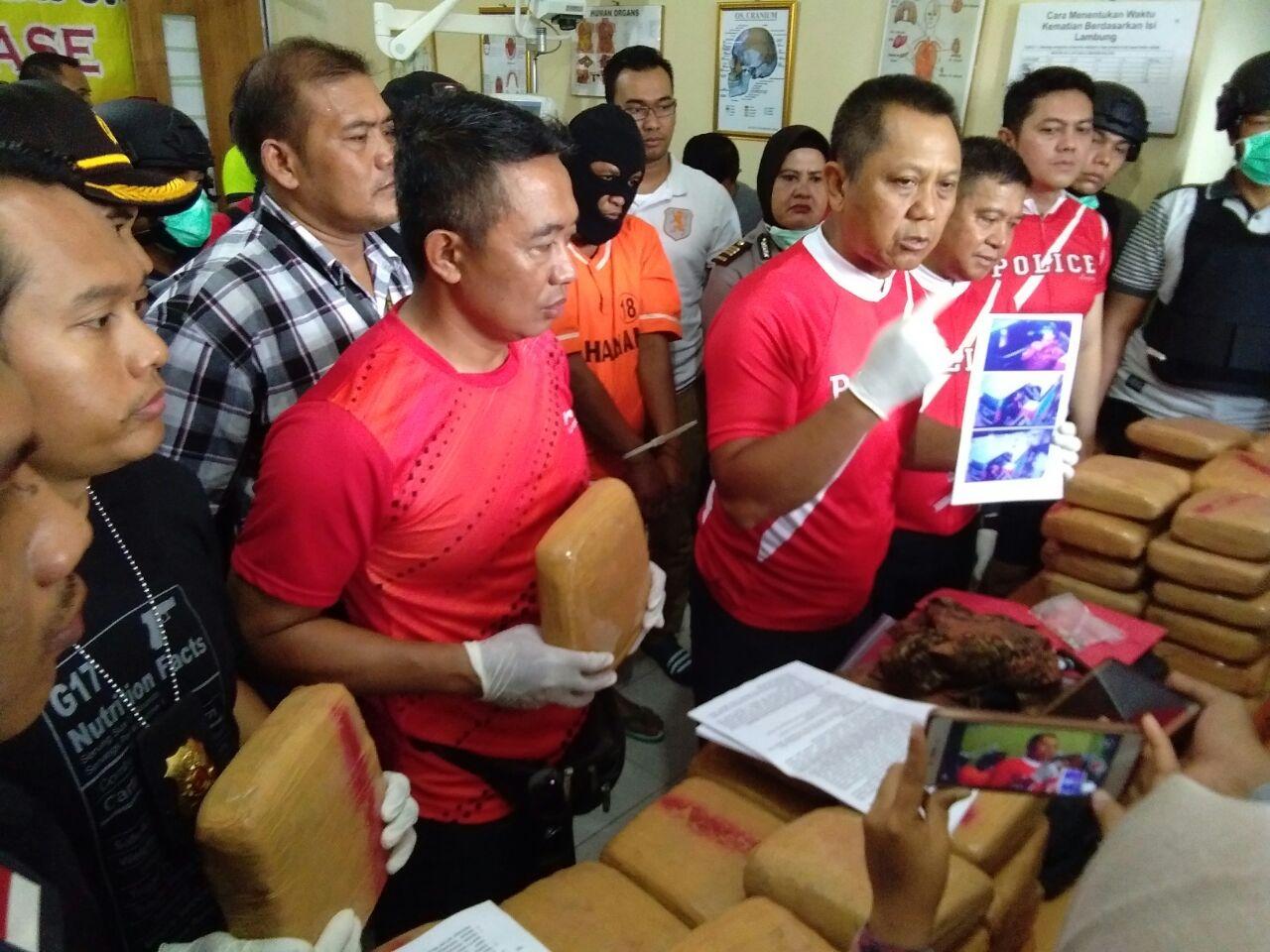 LAMPUNG POST | Polresta Ungkap Penangkapan 144 Kilo Ganja