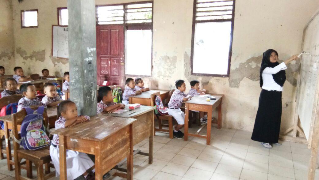 LAMPUNG POST | SDN Baktirasa Sragi Butuh Rehabilitasi