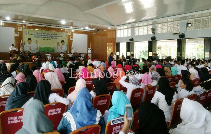 LAMPUNG POST | Pererat Silaturahmi, Pemkab Way Kanan Gelar Halalbihalal