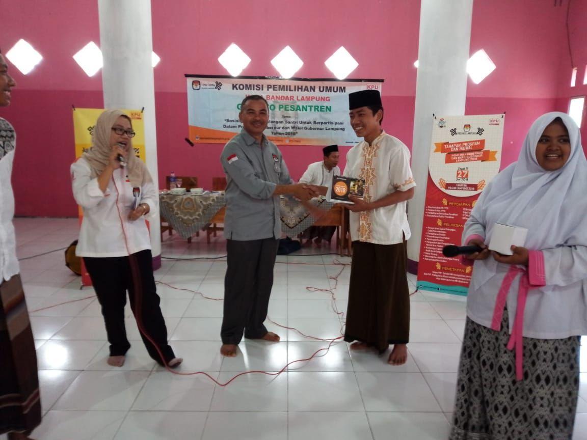 KPU Kota Bandar Lampung Goes To Pesantren