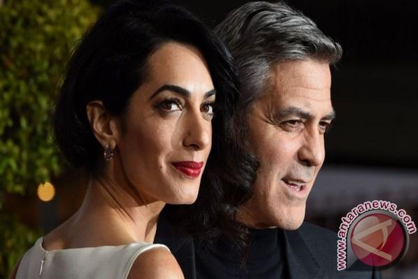 LAMPUNG POST | Ambil Foto Secara Sembunyi, George Clooney Gugat Majalah Prancis
