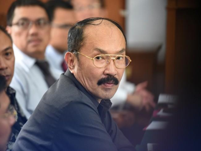 LAMPUNG POST | Pengacara Bantah Setya Novanto Ditahan