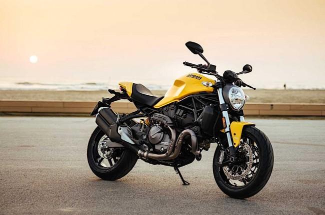 LAMPUNG POST | Ducati Monster 821 Bergaya Old School