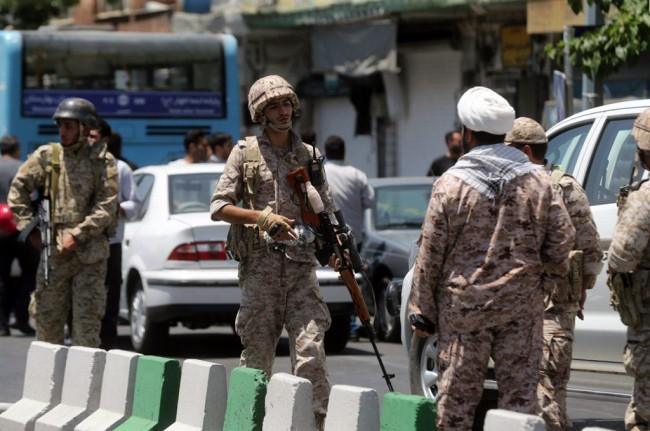 LAMPUNG POST | Iran Sebut Langkah Trump Mempercepat Kehancuran Rezim Zionis