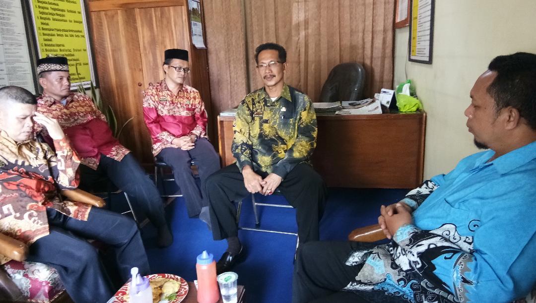 LAMPUNG POST | MTSn 2 Lampung Selatan Bebaskan Pungutan bagi Siswa Tidak Mampu