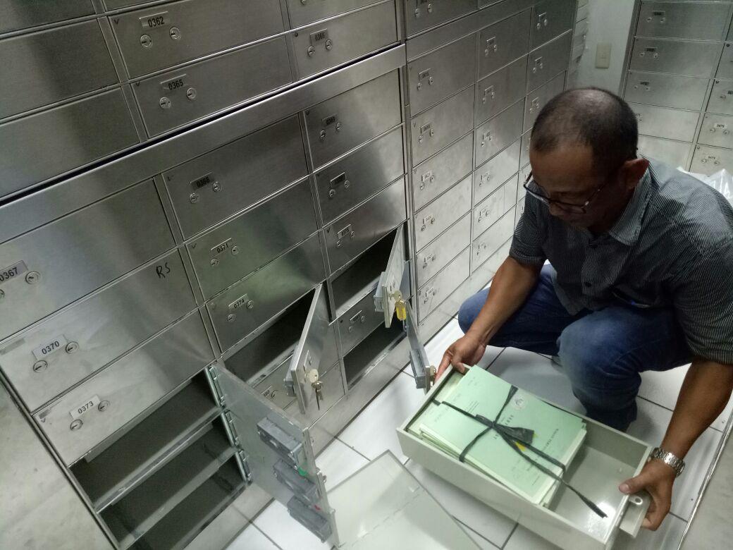 Petambak Dipasena Simpan Sertifikat di safety Box Bank