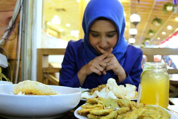 LAMPUNG POST   Tetap Makan Saat Diet