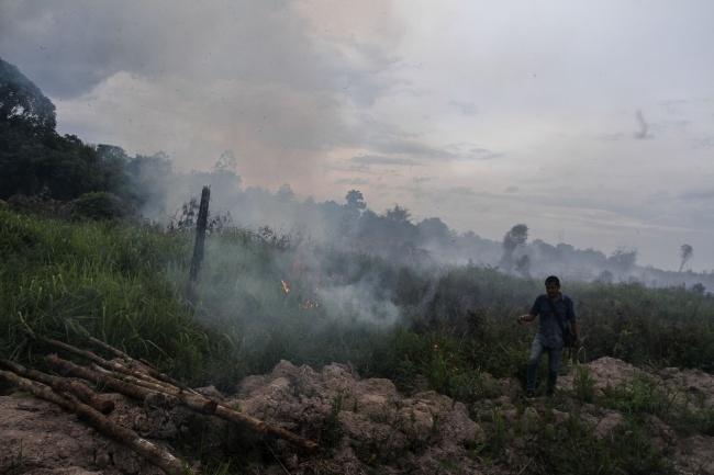 LAMPUNG POST   35 Titik Panas Terdeteksi di Sumatera