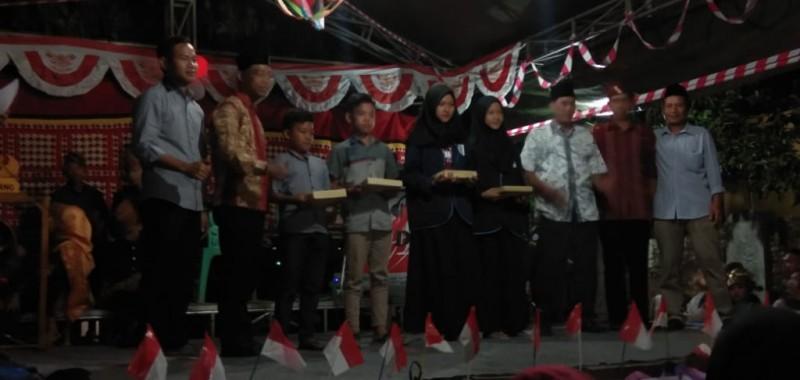 Desa Palembapang Gelar Pentas Seni Budaya Peringati HUT RI