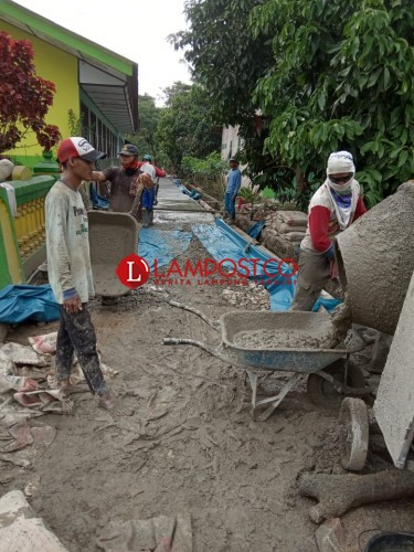 Desa Sidoasri Bangun Infrastruktur untuk Pemberdayaan