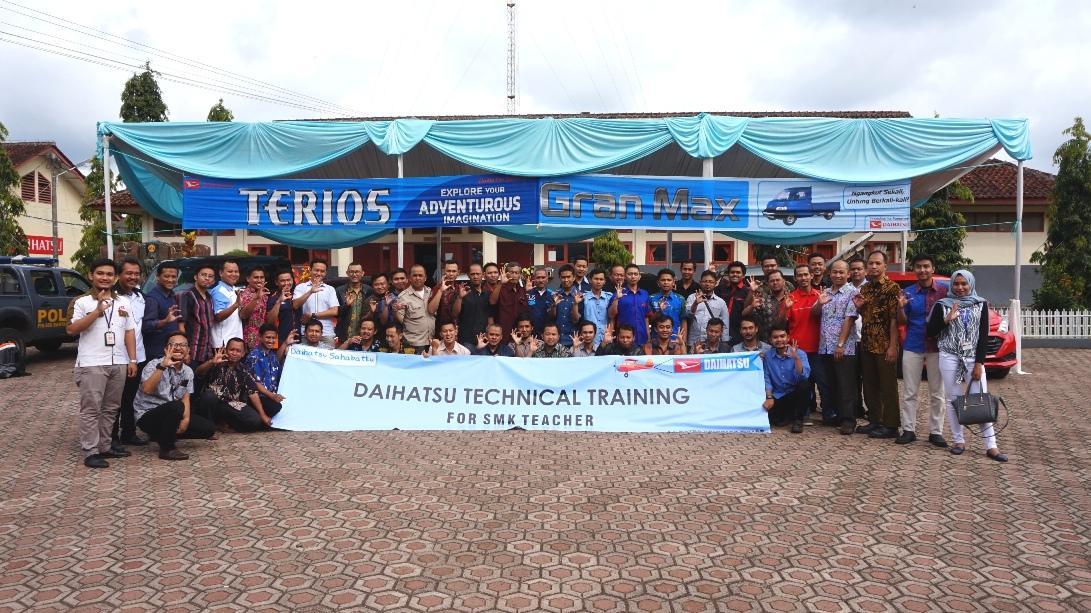 LAMPUNG POST | Daihatsu Gelar Technical Training for SMK Teacher