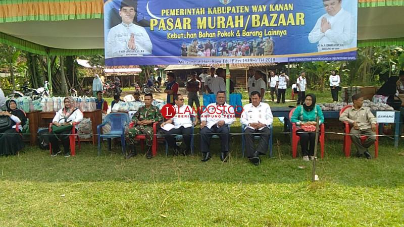 Dinas Indag Way Kanan Gelar Pasar Murah Perdana