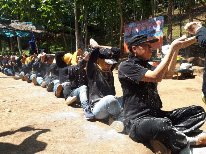 Disdukcapil Bandar Lampung Jalin Kekeluargaan Lewat Family Gathering