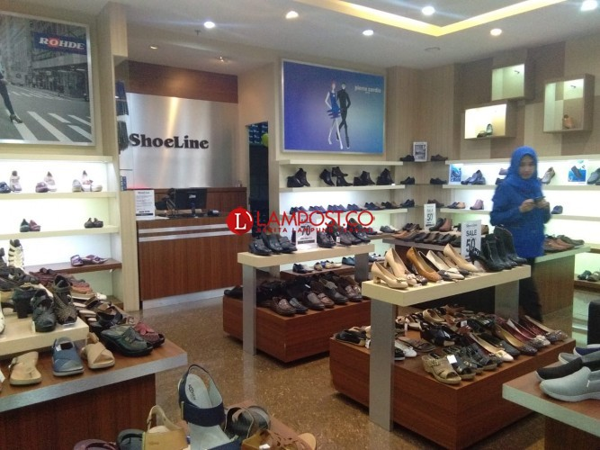 Diskon Sepatu 70% di Shoeline