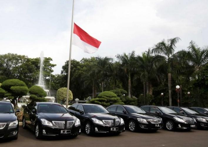DPR Kritik Rencana Mobil Baru untuk Menteri