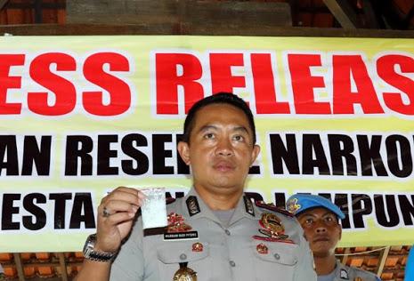 LAMPUNG POST | Peras Kepsek SMKN 1 Bandar Lampung, Oknum LSM Kena OTT