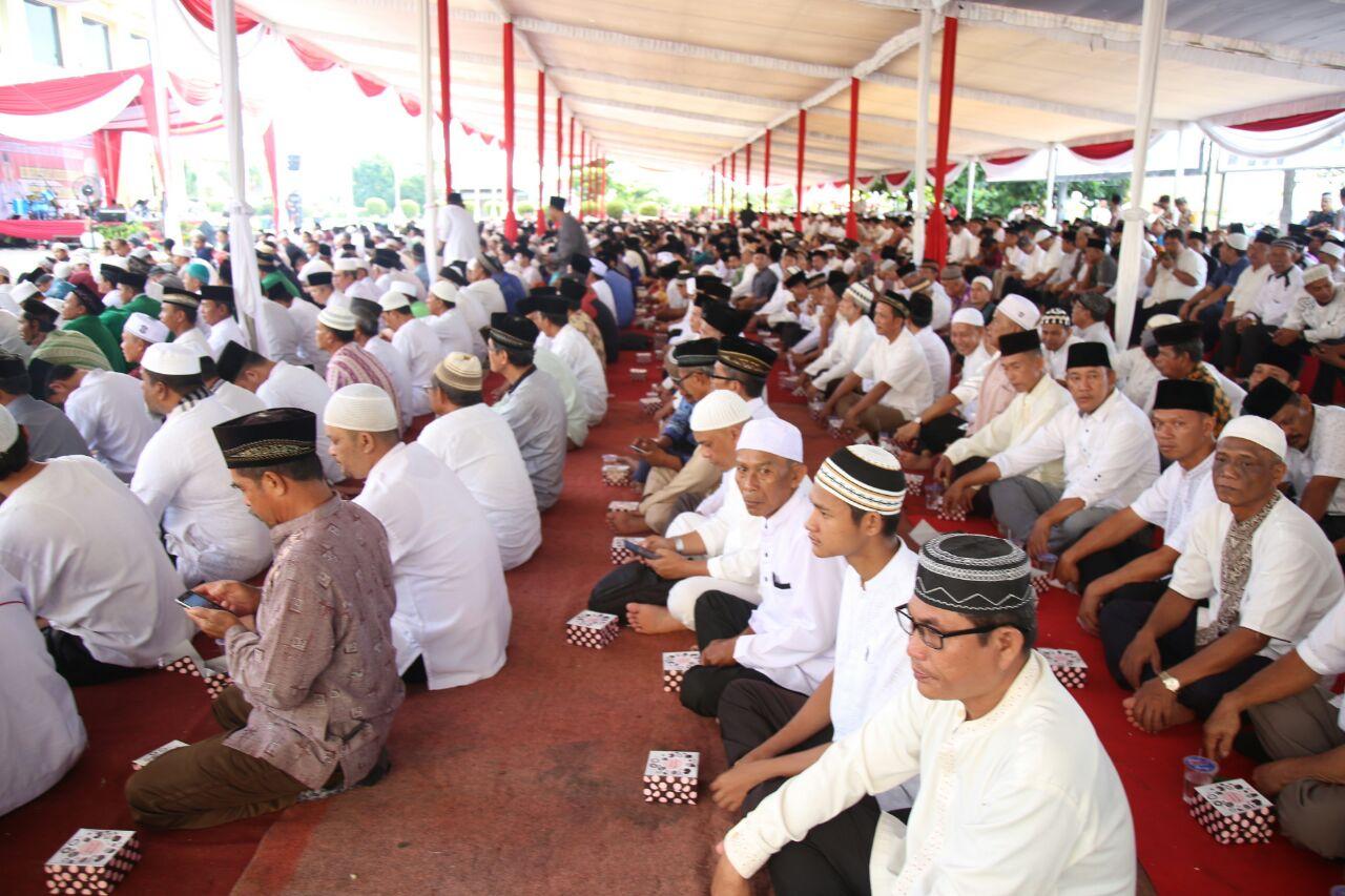 Polda Lampung Gelar Tablgh Akbar Bersama KH M Arifin Ilham