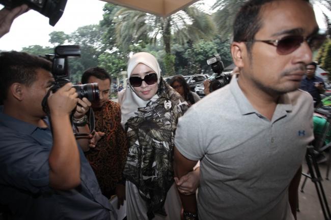 LAMPUNG POST   Firza Husein Penuhi Panggilan Penyidik