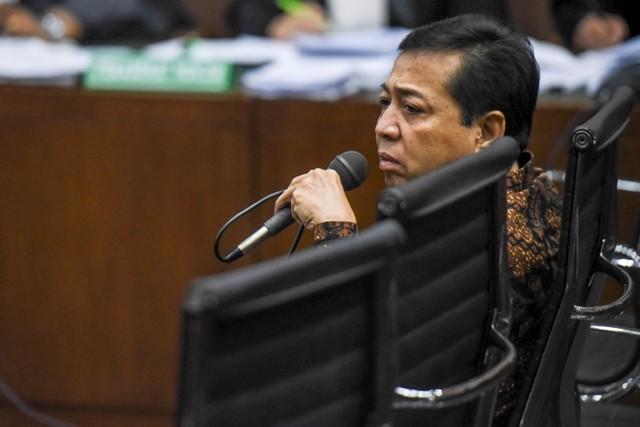 LAMPUNG POST | KPK Kantongi 4 Bukti Kuat untuk Jerat Setya Novanto