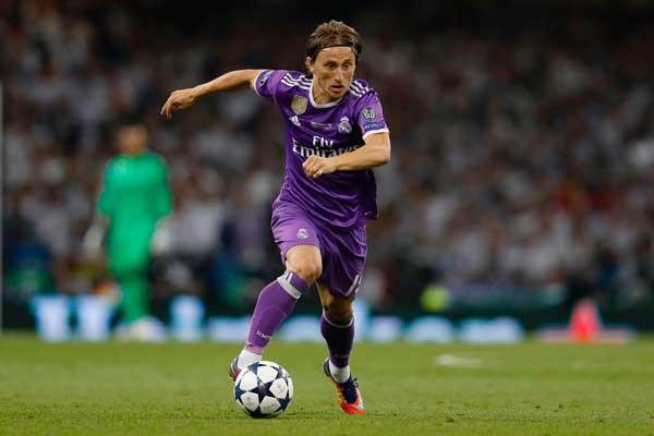 Modric Terancam Absen Bela Madrid di Kandang PSG