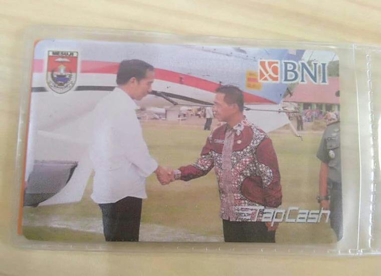Khamami Apresiasi Kartu TapCash BNI Bergambarkan Dirinya dan Jokowi