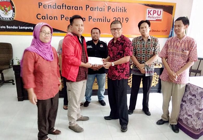 LAMPUNG POST | PSI Partai Pertama Audiensi dengan KPU-Panwas Kota