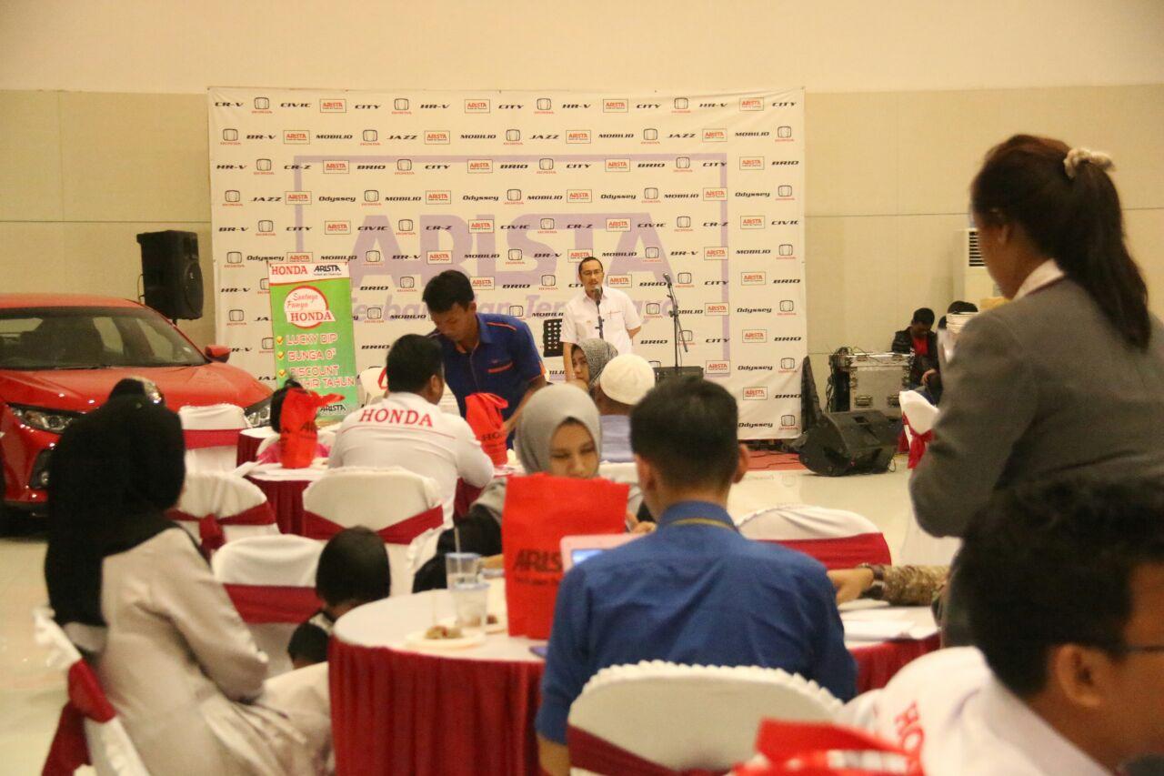 LAMPUNG POST | Honda Arista Rajabasa Gelar Gebyar Oktober Showroom Event