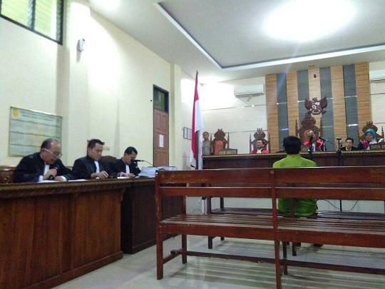 LAMPUNG POST | Jaksa Tuntut Bupati Nonaktif Tanggamus 3 Tahun Penjara