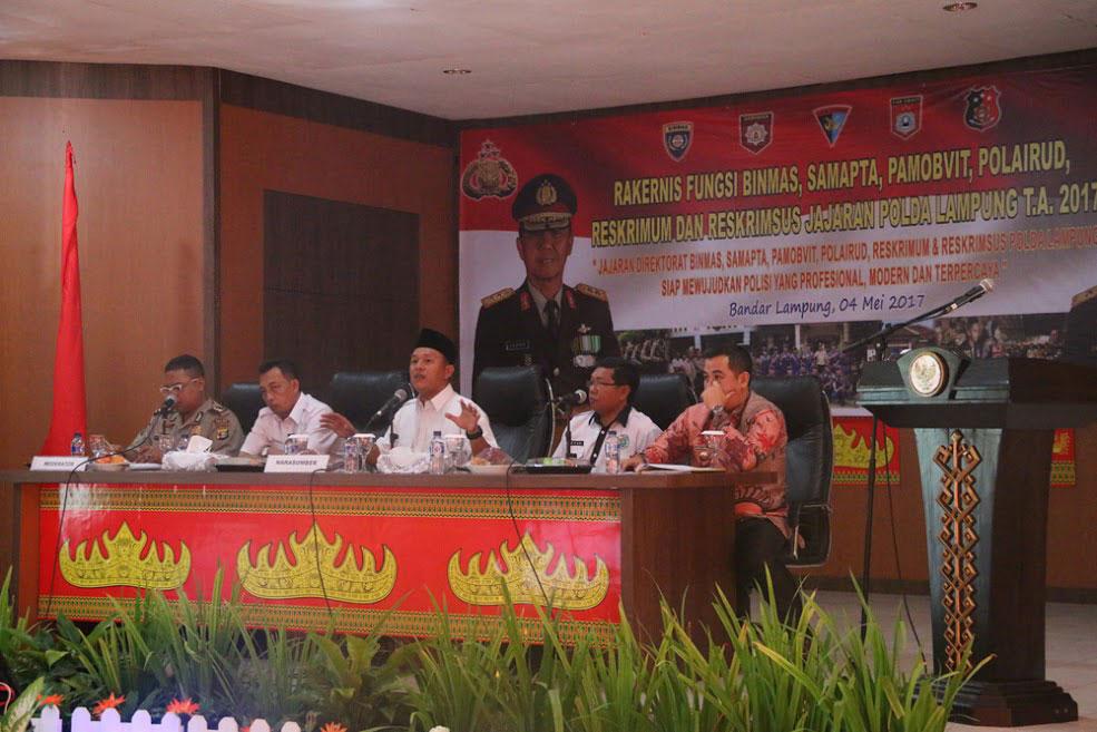 LAMPUNG POST | Mustafa Beri Kuliah Umum di Polda Lampung