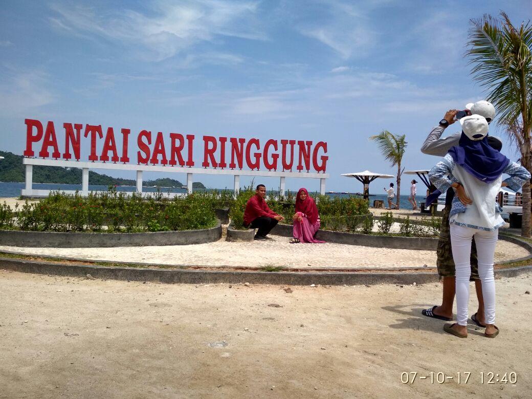 LAMPUNG POST | Keindahan Pantai Sari Ringgung Sedot WisatawanLokal dan Mancanegara