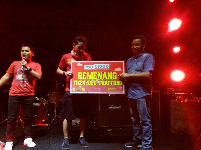 LAMPUNG POST | Borong Tiket Masuk, Iman Raih Tiket ke Old Trafford