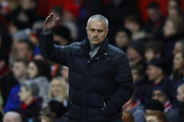 LAMPUNG POST | Liverpool Lawan Manchester United Berakhir Imbang 0-0