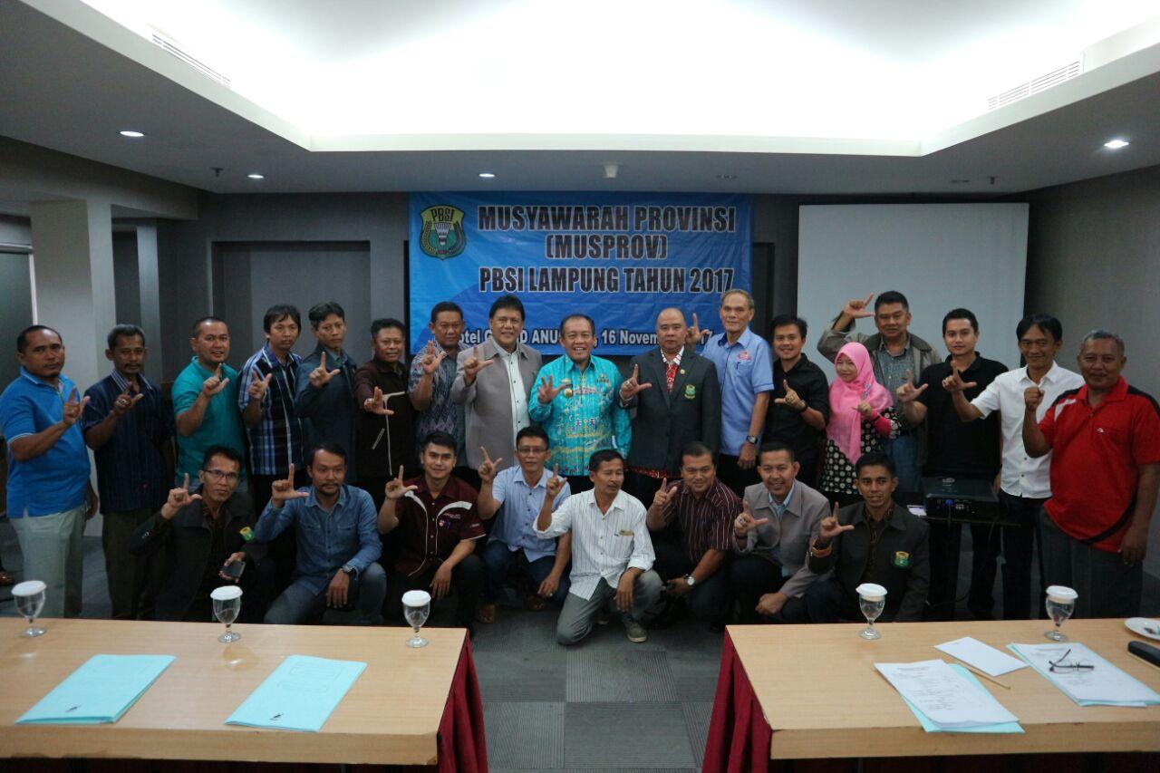 LAMPUNG POST   Abdullah Fadri Aulia Menjadi Ketua PBSI Lampung Periode 2017-2021