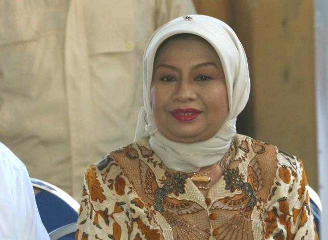 LAMPUNG POST | Istri Mantan Wapres Hamzah Haz Tutup Usia