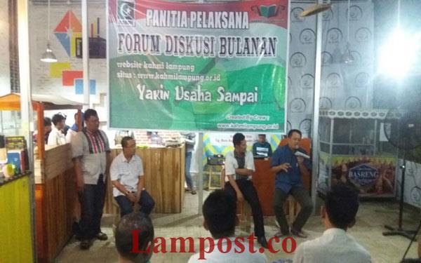 LAMPUNG POST | KAHMI Gelar Diskusi Membangun Lampung dari Kampung