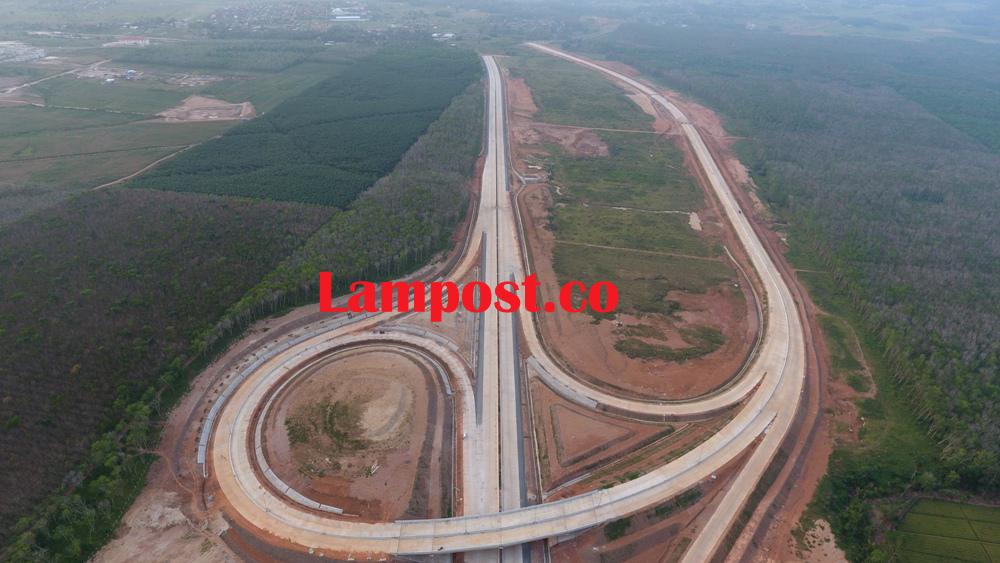 LAMPUNG POST | Land Clearing JTTS  Tahap I Sisakan 1%