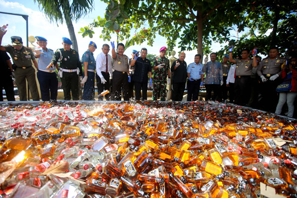 Polda Lampung Amankan 13 WNA