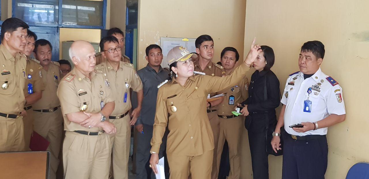 Sidak,Winarti Minta Dinas PMPSP Beri Kemudahan Perizinan
