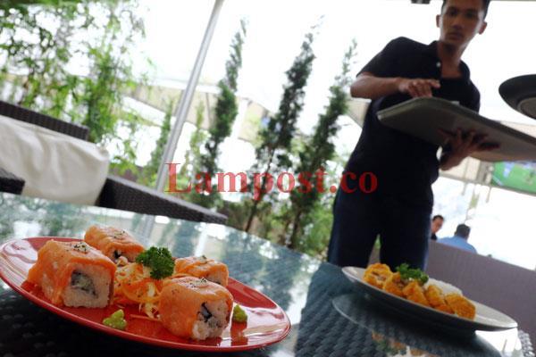 LAMPUNG POST | Kuliner Pavilion Resto Manjakan Lidah Pengunjung