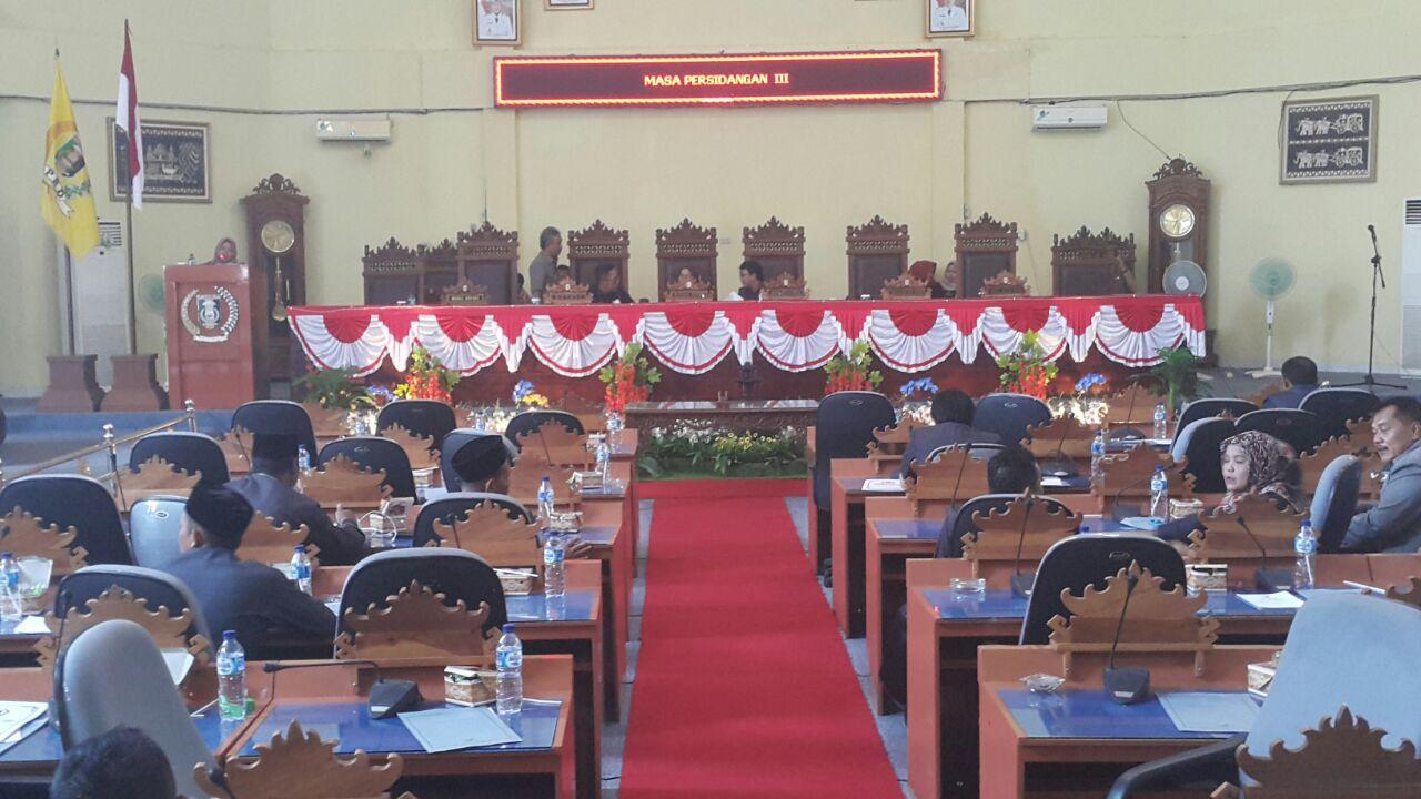 Wakil Bupati Lamtim Tanggapi 7 Raperda Inisiatif