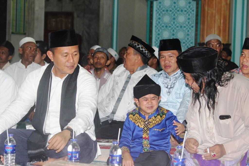 LAMPUNG POST | Empat Ustaz Kondang bakal ke Lampung Tengah