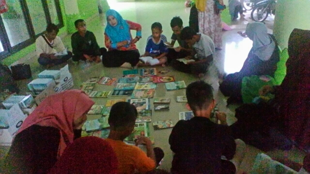 Forum Literasi Bergerak di Pesawaran