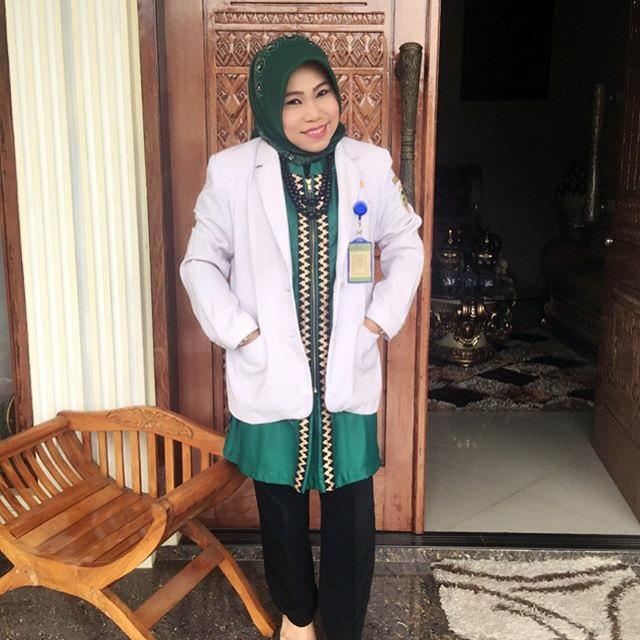 LAMPUNG POST   Zam Zanariah Mencegah dan Menangani Serangan Stroke
