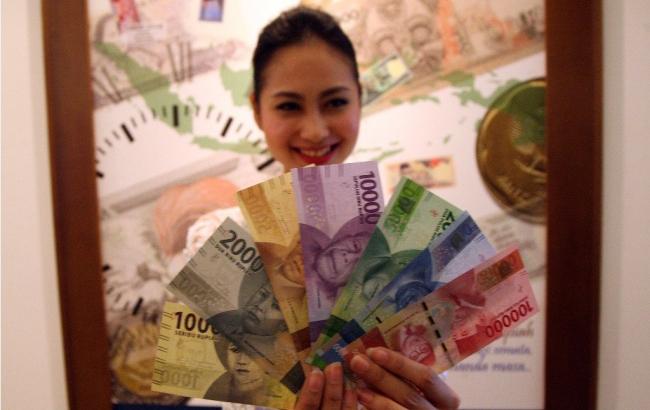 LAMPUNG POST | Rupiah Terpantau Melemah ke Posisi Rp13.331/USD