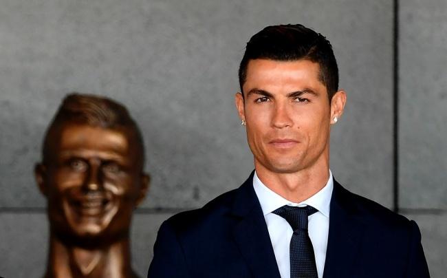 LAMPUNG POST | Madrid Bantah Ronaldo Melakukan Kecurangan Pajak