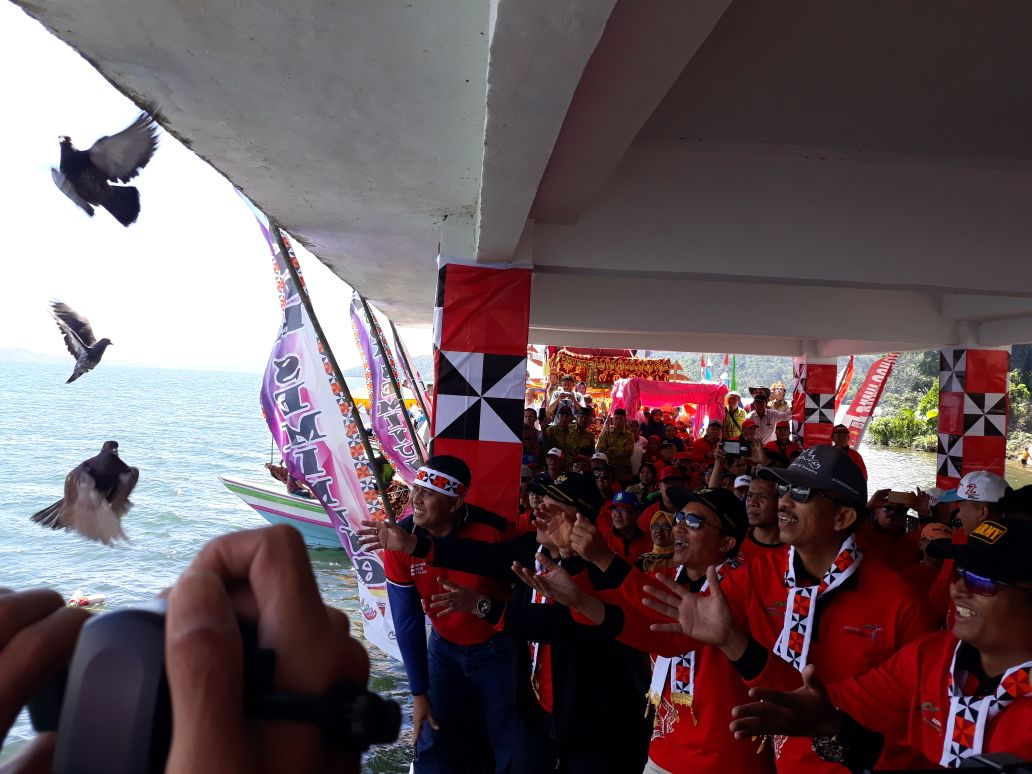 Gebyar Lumbok Seminung Ajang Promosi Pariwisata Lampung Barat