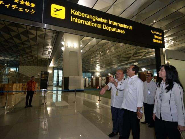 LAMPUNG POST | Maskapai Rute Internasional Pindah ke Terminal 3