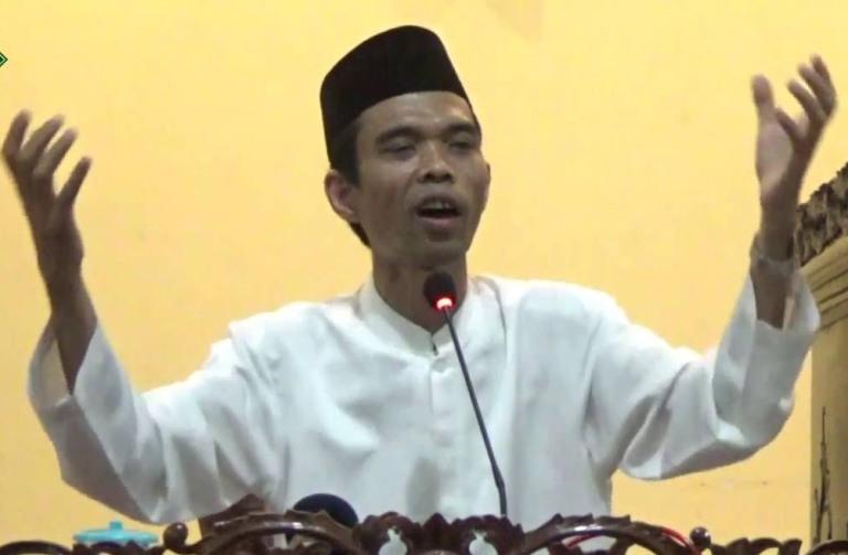 LAMPUNG POST | Ustaz Abdul Somad Isi Peringatan Maulid Nabi dan Tabligh Akbar di Bandar Lampung