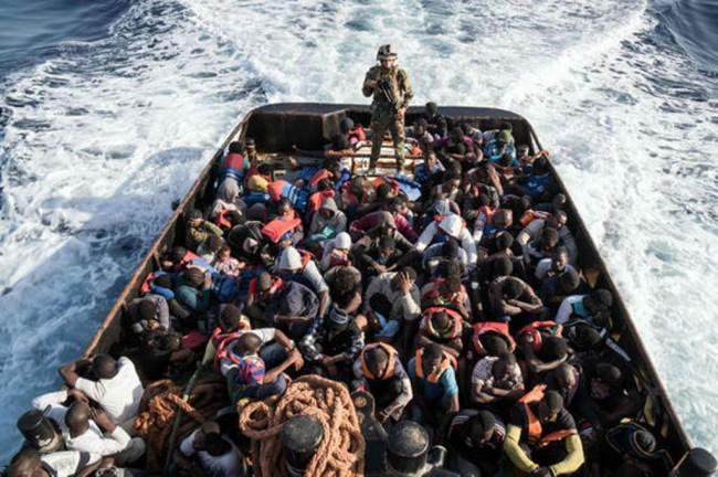 Kapal Tenggelam di Mediterania, 3 Bayi Imigran Diselamatkan
