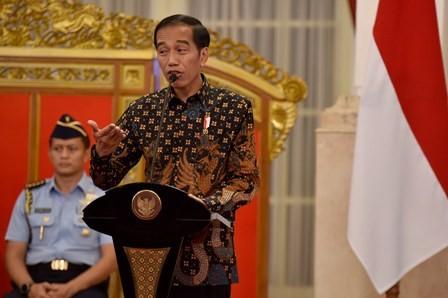 LAMPUNG POST | Presiden Minta Calon Hakim Jaga Kejujuran